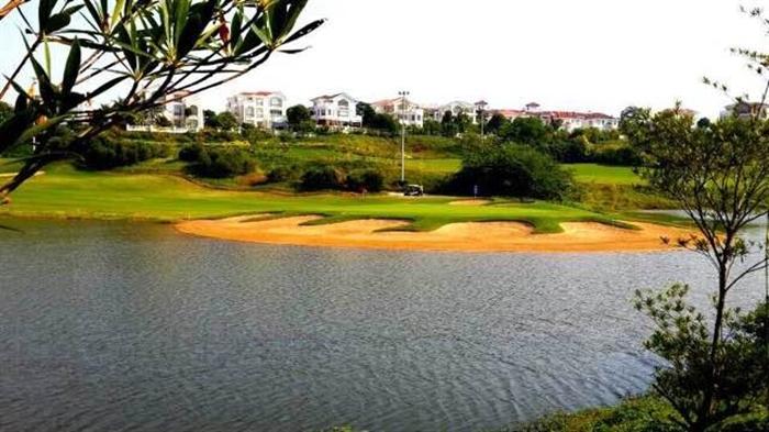 清远碧桂园假日半岛高尔夫球会
